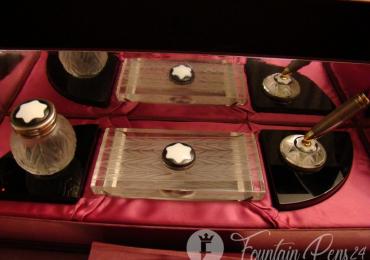 SOLD !!  VENDIDO !!!….Montblanc Creation Lalique Desk SET
