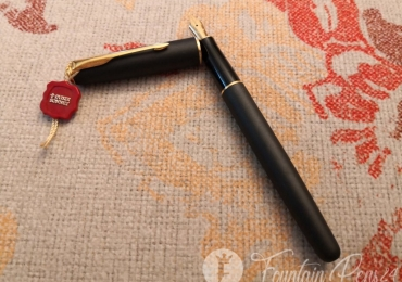 PARKER SONNET Black matte & Gold Fountain Pen