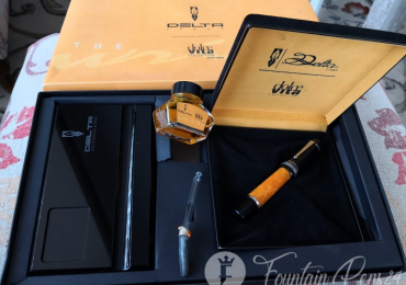 SOLD / VENDIDO      ..DELTA DOLCE VITA OVERSIZE set Fountain Pen Nib F Estilográfica