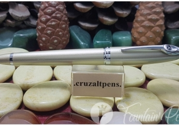 "FOUNTAIN PEN ""MERCEDES BENZ"" BEIGE"